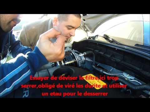 Changement / démontage filtre a gazoil  fuel filter change  mazda 3 2.2 2009