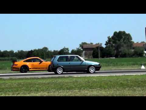 impossible drag race: fiat uno turbo vs porsche gt3 rs