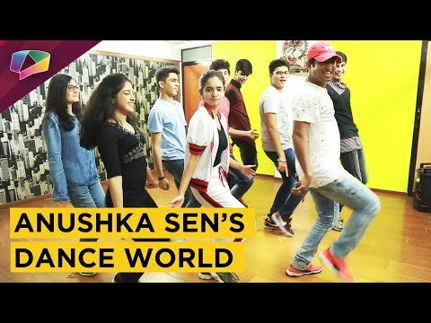 Video Anushka Sen Gives A Glimpse Of Her Crazy Dance World | Exclusive Interview download in MP3, 3GP, MP4, WEBM, AVI, FLV January 2017