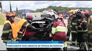 Equipes participam de treinamento de resgate em São Roque