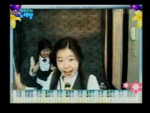 韓國兩個喜歡錄音樂錄影帶的女生,超有才華還超搞笑!