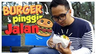 Video BURGER PINGGIR JALAN DI JEPANG!  Rotinya di Goreng fams !! MP3, 3GP, MP4, WEBM, AVI, FLV September 2018