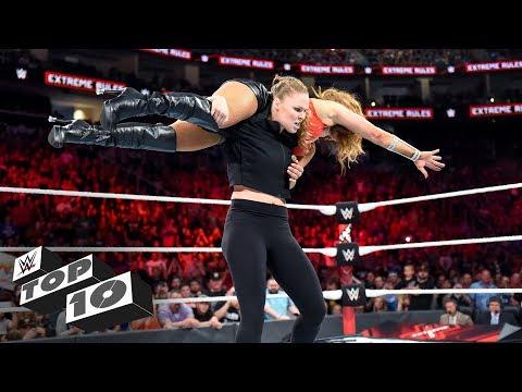 Amazing ringside rescues: WWE Top 10, July 21, 2018 (видео)