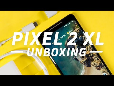 Google Pixel 2 XL Unboxing and First Impressions (видео)