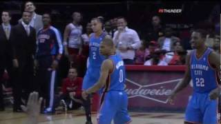 Russell Westbrook dunk vs Rockets - Thunder @ Rockets 11/28/10