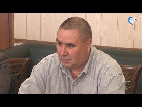Новый главврач Боровичской ЦРБ Вадим Ладягин приступил к обязанностям