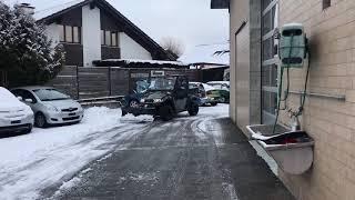 2. Kymco UXV 700 mit Kabine und Schneeschild