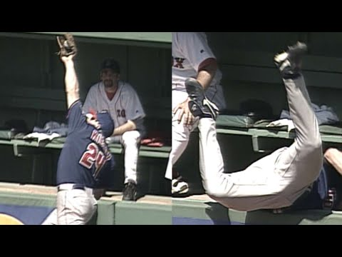 Kielty robs Nixon with tough leaping catch