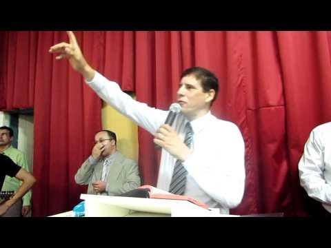 PASTOR SERGIO SORA MINISTRANDO EM BETIM MG INAUGURAÇAO DA IEVEC BETIM 14ABRIL 2012