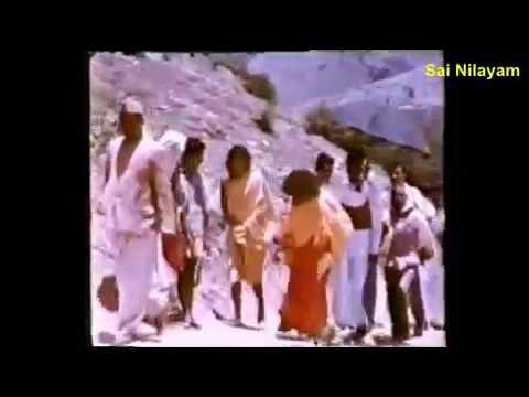 Video Sathya Sai Bhajan.....Kamala Nayana Prabhu Kamalapate... download in MP3, 3GP, MP4, WEBM, AVI, FLV January 2017