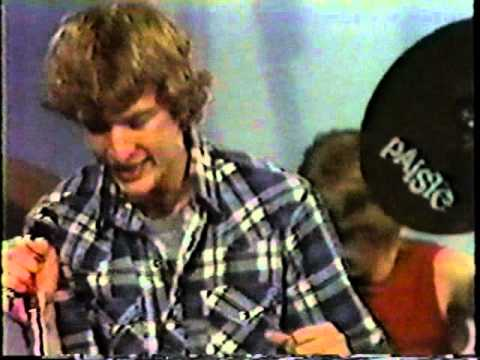 Live Music Show - Die Kreuzen on cable access (1983)