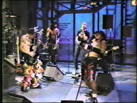 RHCP Perform Higher Ground On David Letterman Show