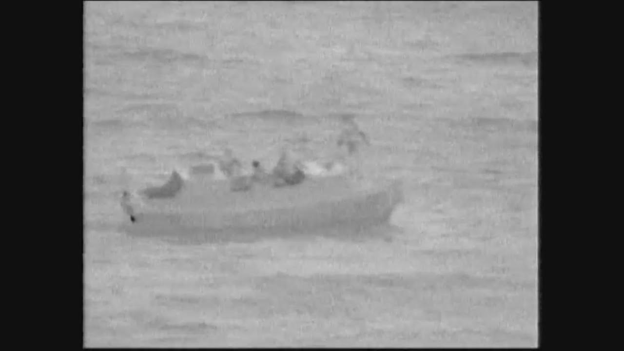 Βίντεο με τη διάσωση ναυαγού από τη Δανία, από πετρελαιάκατο της Φρεγάτας «ΕΛΛΗ»