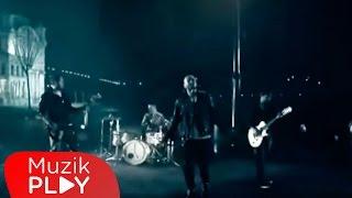 Gripin - Durma Yağmur Durma (Official Video)