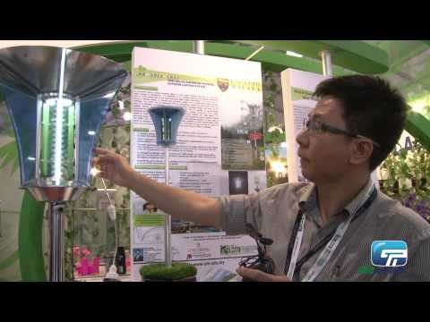 University of Malaya : 3-in-1 Wind, Solar Hybrid Lampost