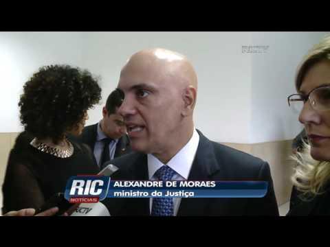 Ministro da Justiça participa de formatura de policiais rodoviários federais, em Florianópolis