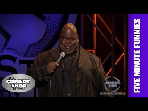 Lavell Crawford⎢Shaq is 90 feet tall!⎢Shaq's Five Minute Funnies⎢Comedy Shaq