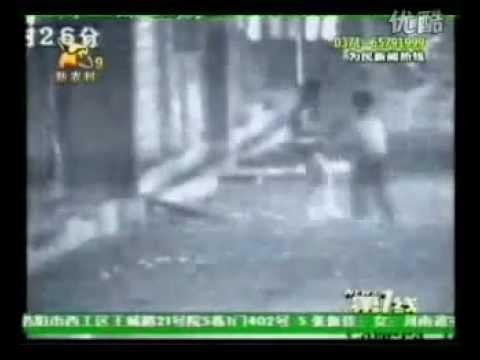 ข่มขืนเด็ก - เด็กหื่น เจ้าหนูวัย9ขวบ ข่มขืนสาว20กลางถนน คลิปเด็กจีนรายนี้หื่นแบบสุดๆ...