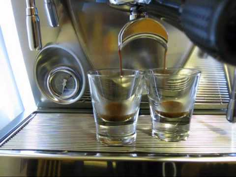 Nuova Simonelli Musica Espresso Machine, making a cup of espresso, cappuccino – 2