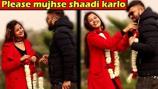 Please Mujhse Shaadi Karlo | Prank with a Twist | Unglibaaz