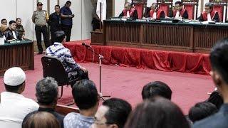 Video Saat Hakim Jatuhkan Vonis 2 Tahun Penjara Ke Ahok MP3, 3GP, MP4, WEBM, AVI, FLV Oktober 2017