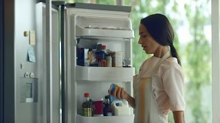 Don't miss your special moments with LG New Door-in-Door™ Refrigerator. Going beyond just keeping your food fresh.
