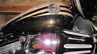 10. 2013 HARLEY-DAVIDSON CVO ROAD GLIDE CUSTOM FLTRXSE ROMAN GOLD AND BURNT EMERALD