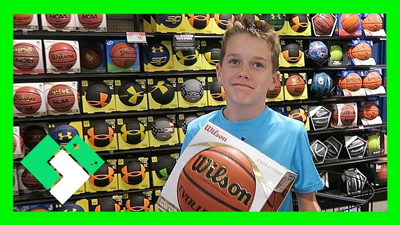 INDOOR BASKETBALL SHOPPING (Day 1601)