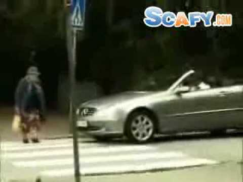 Funny commercials Car Accident (old lady) Funny Scafy.com