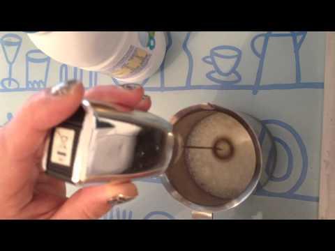 Utiliser un mousseur à lait - Mode d'emploi ustensile de cuisine