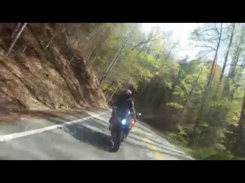 Deals Gap - US 129 - Tail of the Dragon - Spring 2011 - HomelandSportbikes