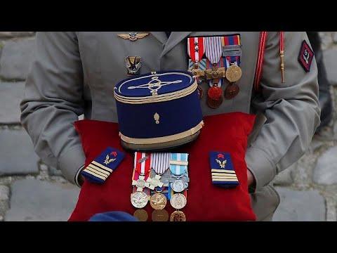 Γαλλία: Το «ύστατο χαίρε» στους 13 στρατιωτικούς