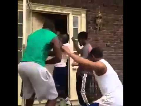 How Black People Knock On Doors Epic Fail Funny Vine