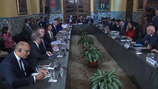 """Chanceleres da América avaliam em encontro em Lima condenar a Venezuela por """"ruptura democrática"""". No último fim de semana o país foi suspenso do Mercosul."""