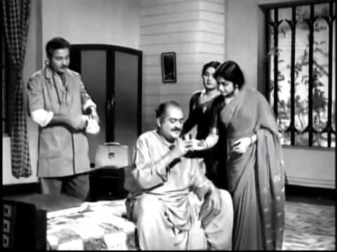 Video Kai Kodutha Deivam - Sivaji Ganesan, Savitri, S.S.R, K.R.Vijaya - Super Classic Movie download in MP3, 3GP, MP4, WEBM, AVI, FLV January 2017