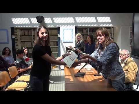 """L'istituto """"Buonarroti-Fossombroni"""" di Arezzo premia gli studenti meritevoli: la consegna degli assegni"""