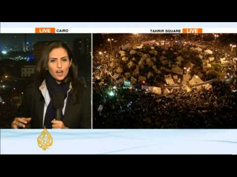 tahrir - Egypt's deep political divisions are again bringing demonstrators back to the streets. Tens of thousands are gathering in Tahrir Square - the focal point of ...