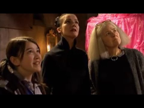 The New Worst Witch | The Black Hole Club | Season 1 Episode 11
