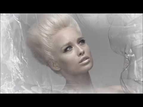 """""""The Ice Queen"""" La campagna Loriblu Autunno/Inverno 2011-12"""