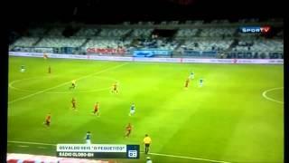 Com narração de Osvaldo Reis, o Pequetito, da Rádio Globo. Aos 11 minutos do 2º tempo, Everton Ribeiro começa a jogada, dá chapéu e faz um gol de placa no Mi...