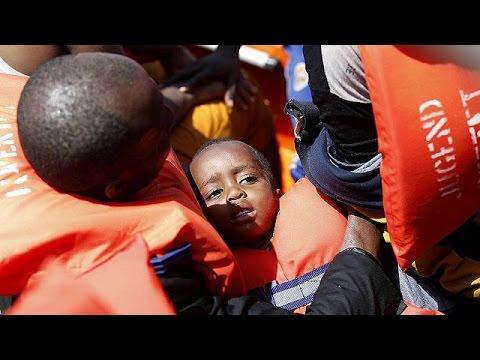 Χιλιάδες διασώσεις μεταναστών σε ένα 24ωρο ανοιχτά της Λιβύης