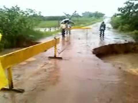 Chuvas em Marapoama destroí ponte que liga cidade a zona rural