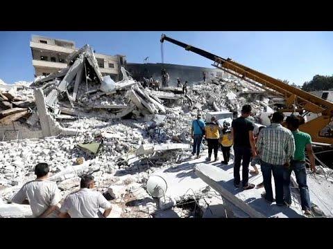 Δεκάδες άμαχοι νεκροί στις συριακές επαρχίες Χαλέπι και Ιντλίμπ…