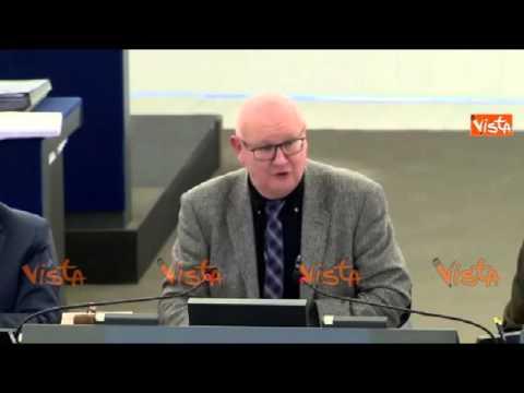 olio tunisino: l'unione europea aumenta l'import senza dazi, è polemica!