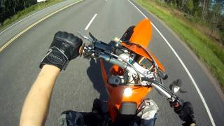 6. Ktm 525 exc supermoto wheelie