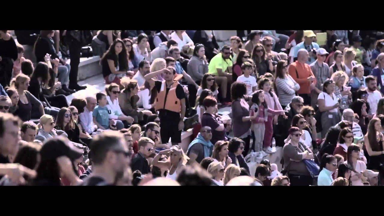 Ευρώπη, οι φράχτες σου σκοτώνουν! – Flashmob των Γιατρών Χωρίς Σύνορα στο Μαραθώνιο της Αθήνας