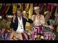 William and Kate dance in Tuvalu - YouTube