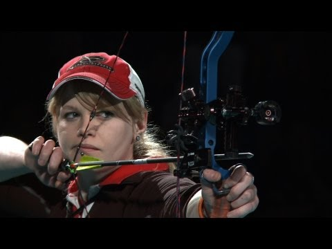 compound - Uncut match from the 2013 Indoor Archery World Cup in Nîmes (FRA). Compound Women Gold Medal Match - JONES N. (GBR) vs TONIOLI M. (ITA) All Results : http://...