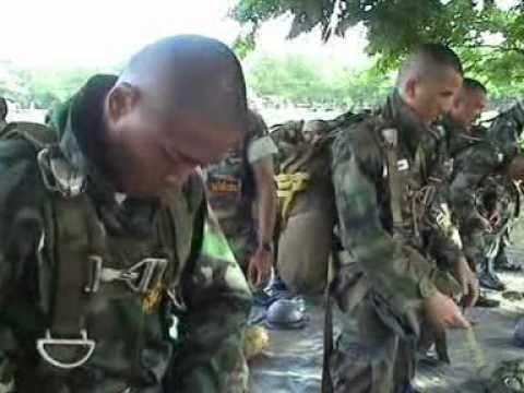 ส่งทางอากาศ (ทหารพลร่ม) ตอนที่ 2.mpg