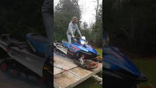 5. Just got a new sled 2006 Polaris switchback 600